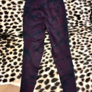 lululemon athletica Pants - Lululemon Seamless Tights